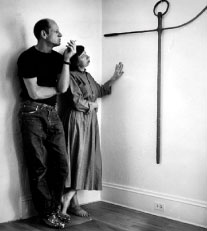 Jackson Pollock and Lee Krasner, ca. 1951. Photograph by Hans Namuth. © 1991 Hans Namuth Estate. Courtesy Center for Creative Photography, University of Arizona.